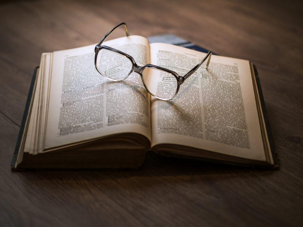 Libro para estudiar de memoria.